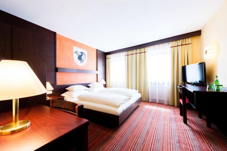 Im Hotel Schrofenstein in Landeck finden sich Economy Zimmer, die sich ideal für Geschäfts- und Alleinreisende eignen.