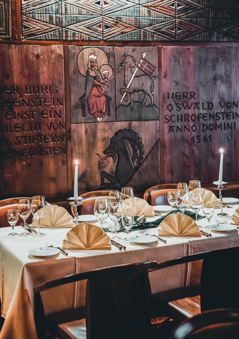 Feiern Sie Ihren nächsten Geburtstag im Hotel Schrofenstein in Tirol