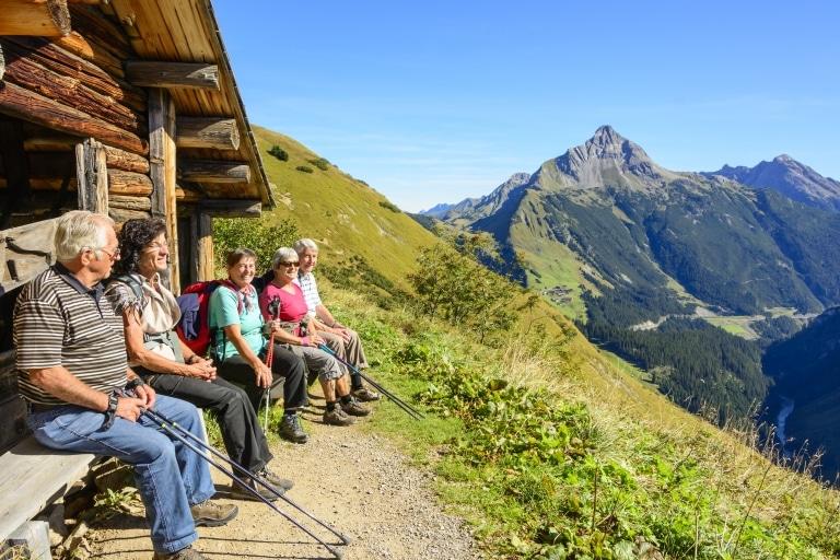 Die Bergwelt des Tiroler Oberland bietet für jeden die passende Wanderroute.