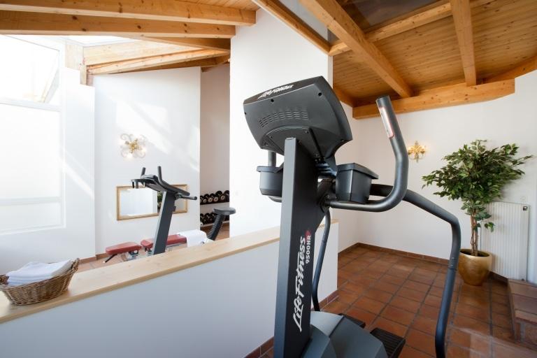 Das Hotel Schrofenstein in Landeck ist ein Hotel mit Fitnessraum