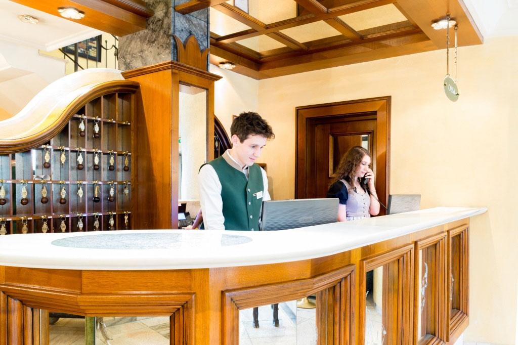 Das Hotel Schrofenstein ist eine Unterkunft in Landeck, Tirol